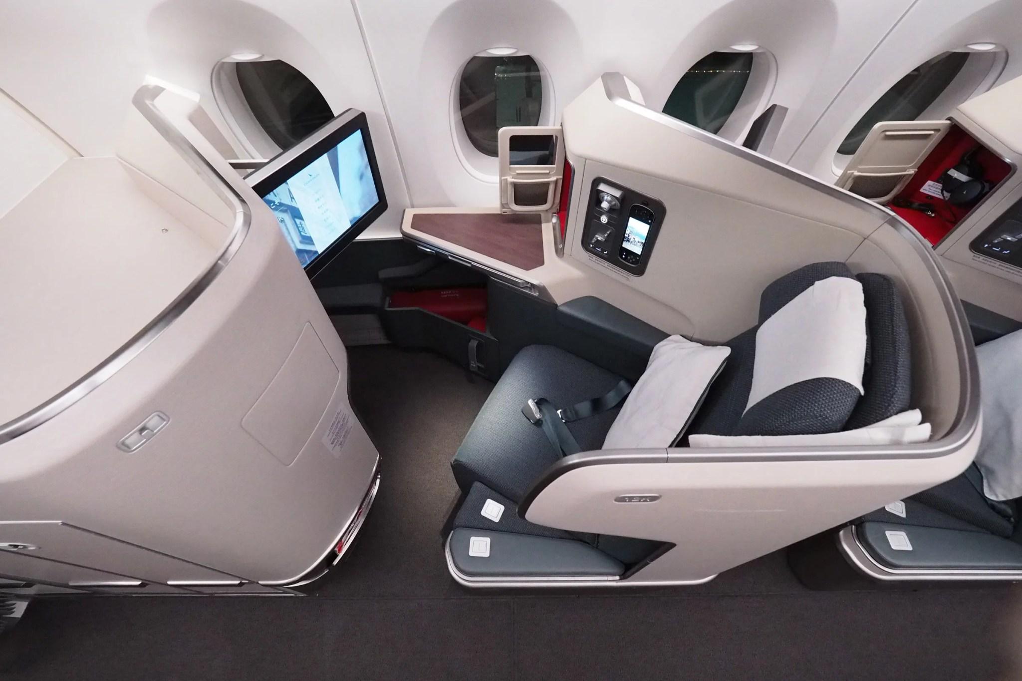 Score Incredible Awards For Cheap By Buying Alaska Miles Cash Pb 20000 One Way To Asia In Cathay Pacifics Top Notch Business Class 50000 Cost 1123 With 1300 Left Over Or 985 At The Maximized 197 Cents