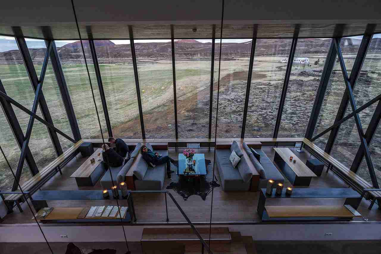 The Northern Lights Bar boasts spectacular views of the landscapes surrounding the hotel. Photo courtesy of Starwood.