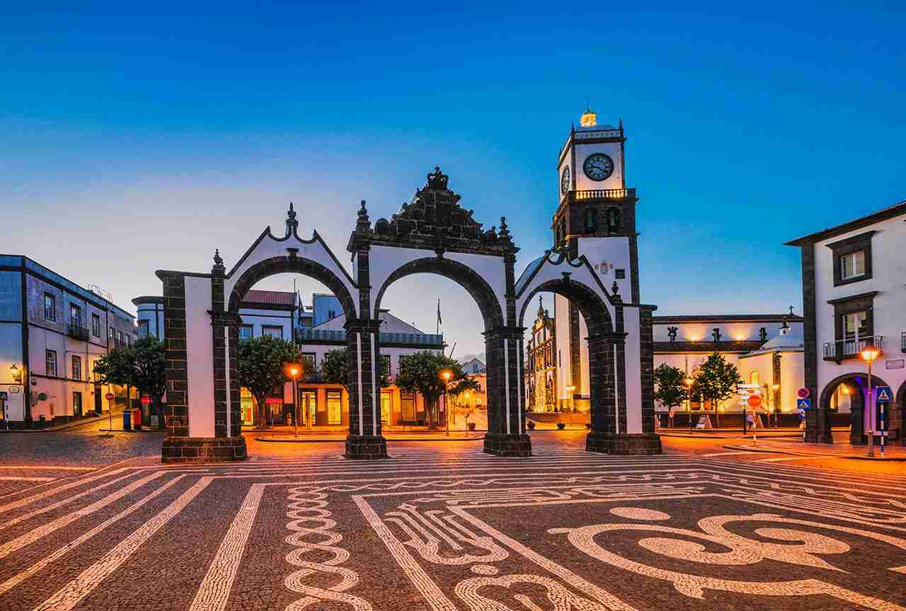 Portas da Cidade in Ponta Delgada at dusk (Azores). (Photo by sack/Getty Images)
