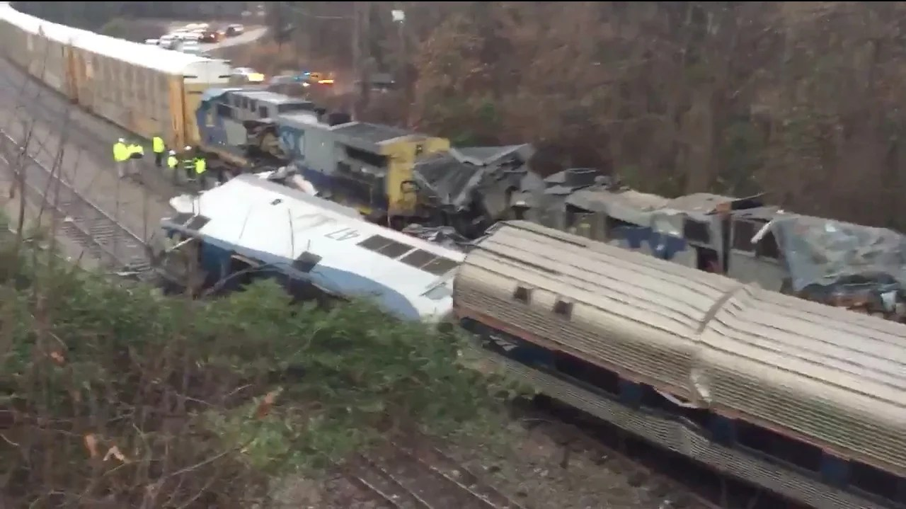 At Least 2 Dead, 116 Injured in Amtrak Crash with Freight ...