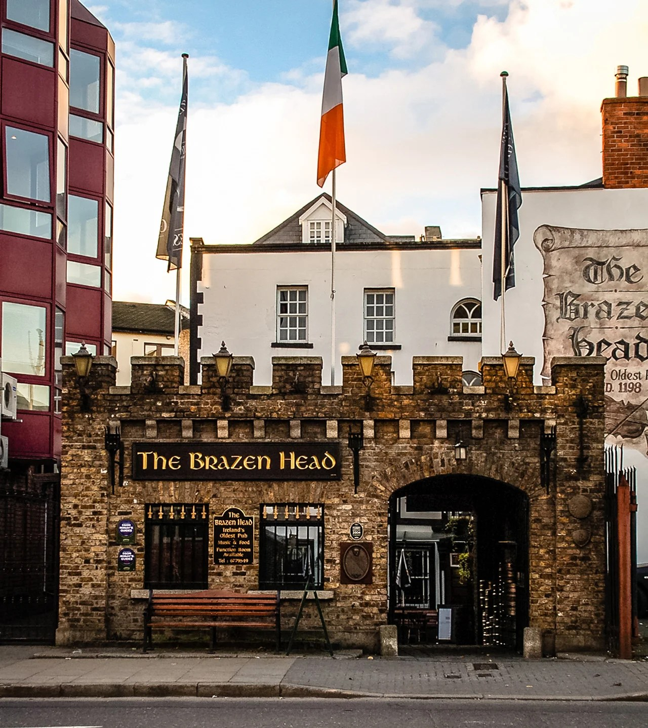"The facade of ""The Brazen Head"" in central Dublin, it is the oldest pub in Ireland.(Photo by T.Slack / Shutterstock.com)"