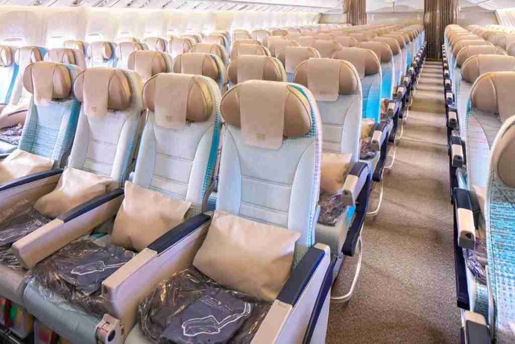 3-4-3 seating in economy. Photo by Emirates Airline.