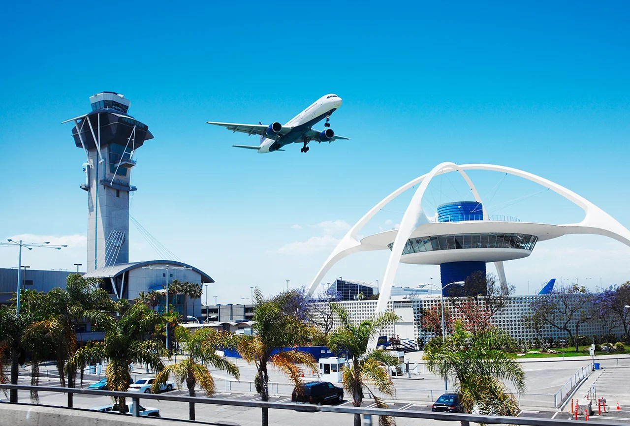 Choose this, not that: LAX Priority Pass lounge edition