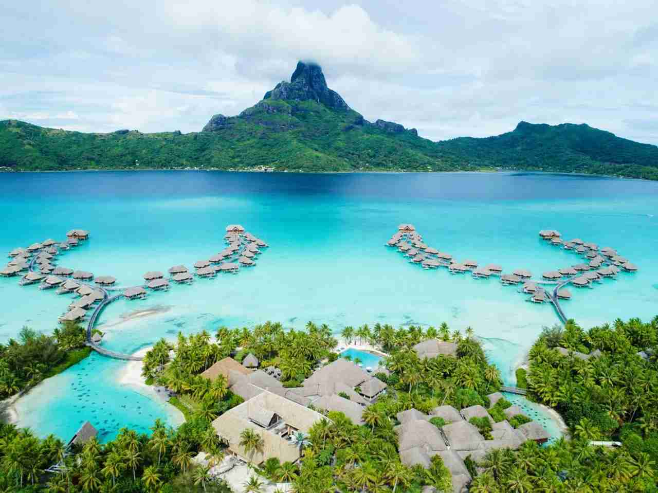 Redeem your IHG points for a free night at the stunning InterContinental Bora Bora (Photo courtesy InterContinental Thalasso Bora Bora)