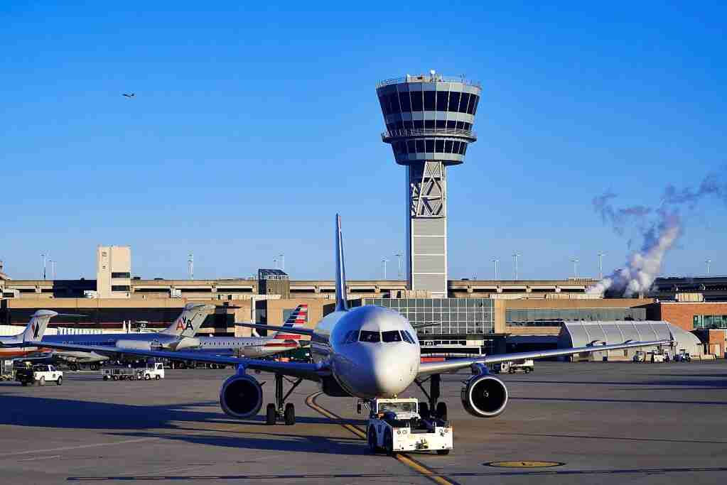 PHILADELPHIA, PENNSYLVANIA, UNITED STATES - 2014/01/07: Terminal and control tower at Philadelphia airport. (Photo by John Greim/LightRocket via Getty Images)