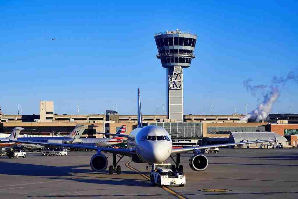 PHILADELPHIA, PENNSYLVANIA, UNITED STATES - 2014/01/07: Terminal and control tower at Philadelphia airport. (Photo by John Greim/LightRocket via Getty Images)