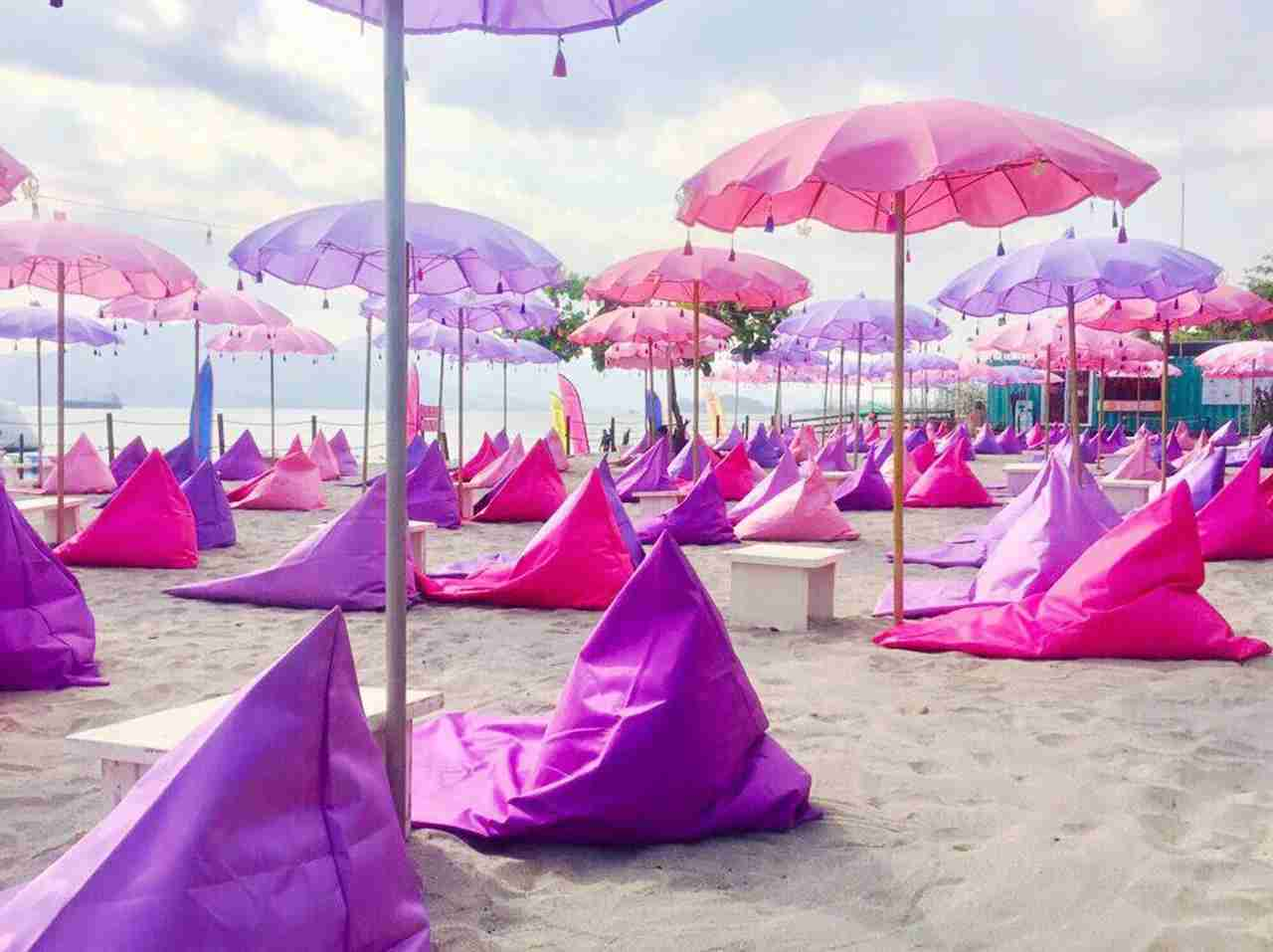 Bali Beach lounge. (Photo courtesy of The Inflatable Island)