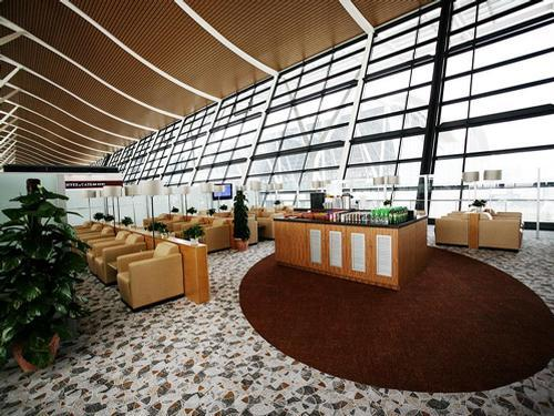 First Class Lounge (No. 69) at Shanghai Pudong (PVG) airport. Photo courtesy of Priority Pass.