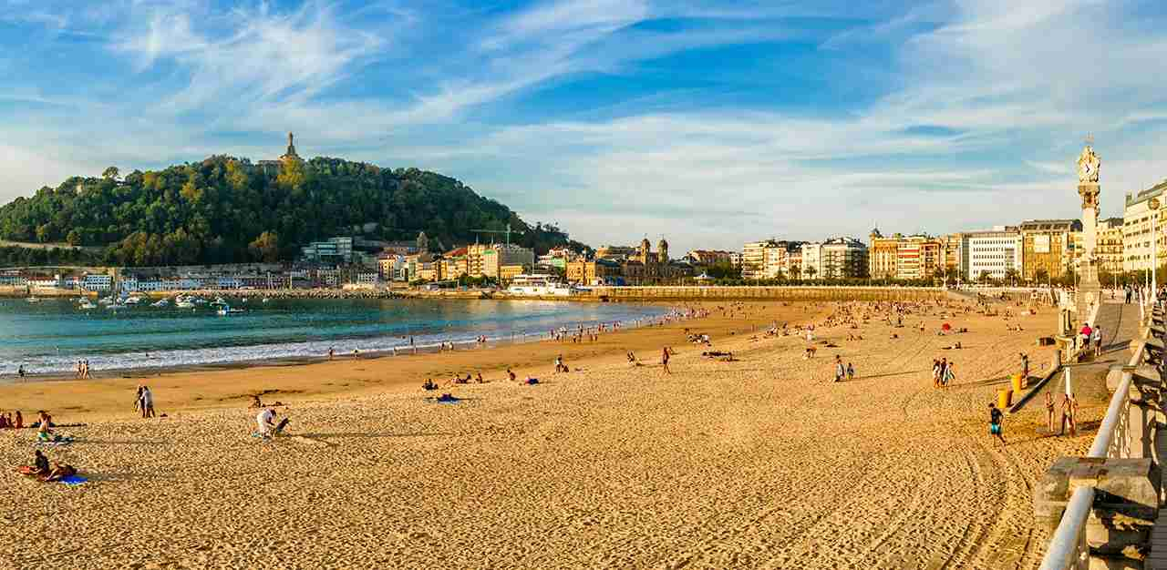 Playa de La Concha, San Sebastian, Donostia, Basque Country, Spain. (Photo by apomares / Getty Images)