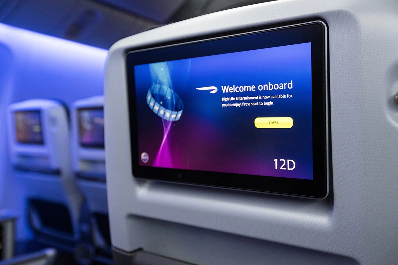Why I'm glad airlines are getting rid of seatback entertainment
