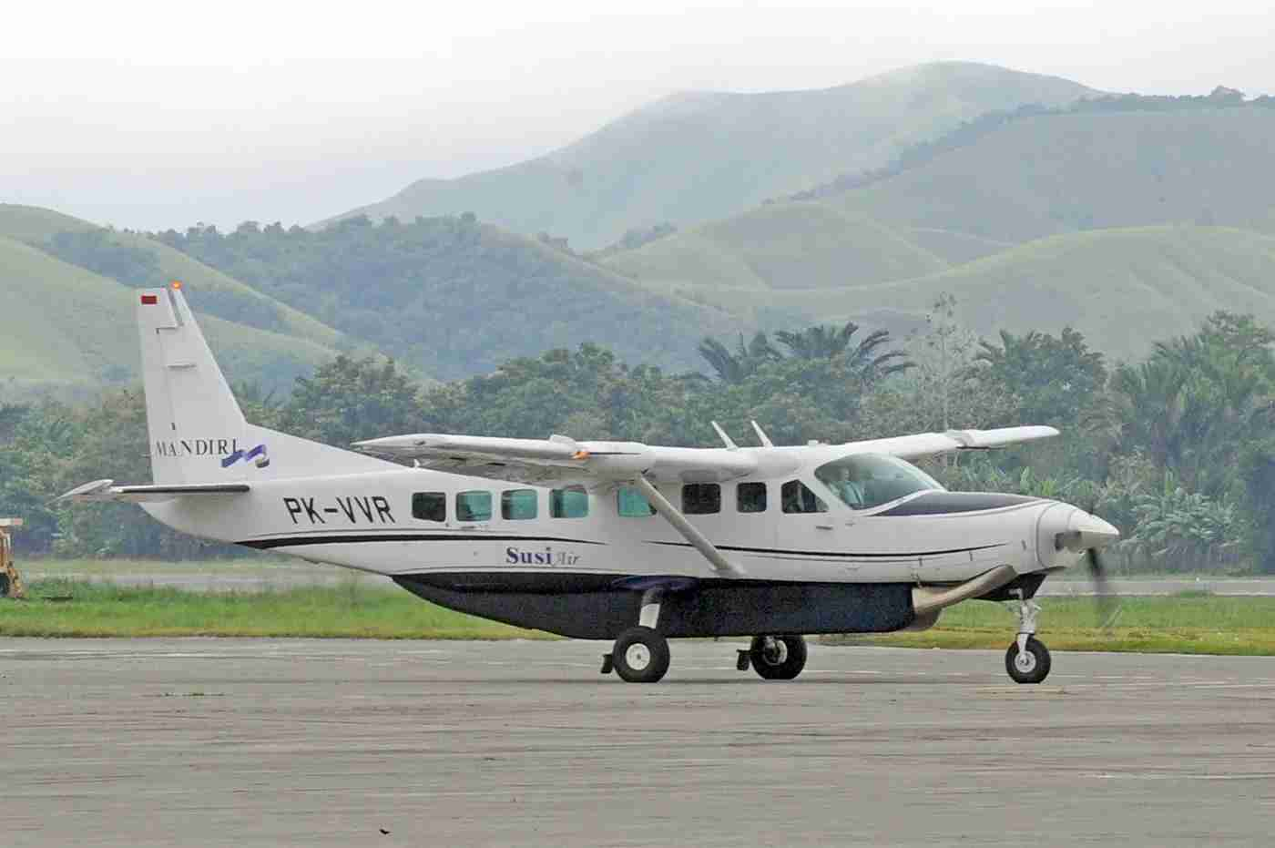 In this photograph taken on June 17, 2011 a Cessna Grand Caravan aircraft of Susi Air prepares to take off at Jayapura airport in Papua province. An Indonesian aircraft with one Australian and one Slovak pilot on board crashed in the country