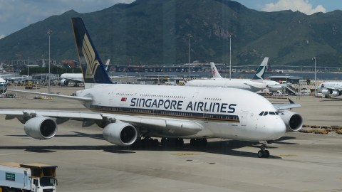 Comparing A380 First Class on Emirates, Etihad and Singapore