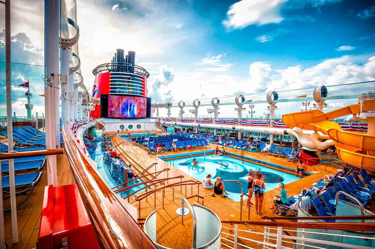 Disney Dream Cruise Ship Upper Deck. (Photo by CL Photographs via Flickr)