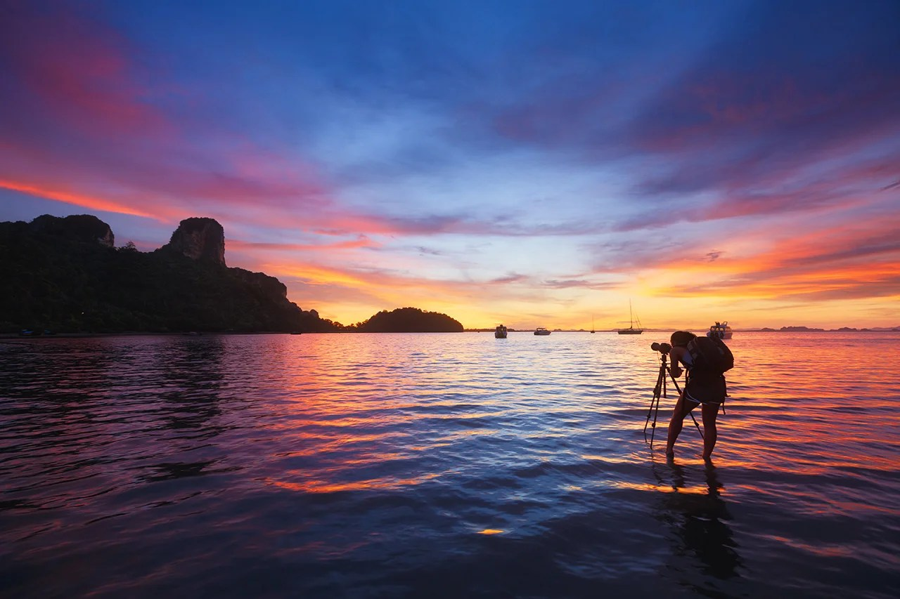 4 Essential Tips for Photographing Beautiful Sunsets Around the World