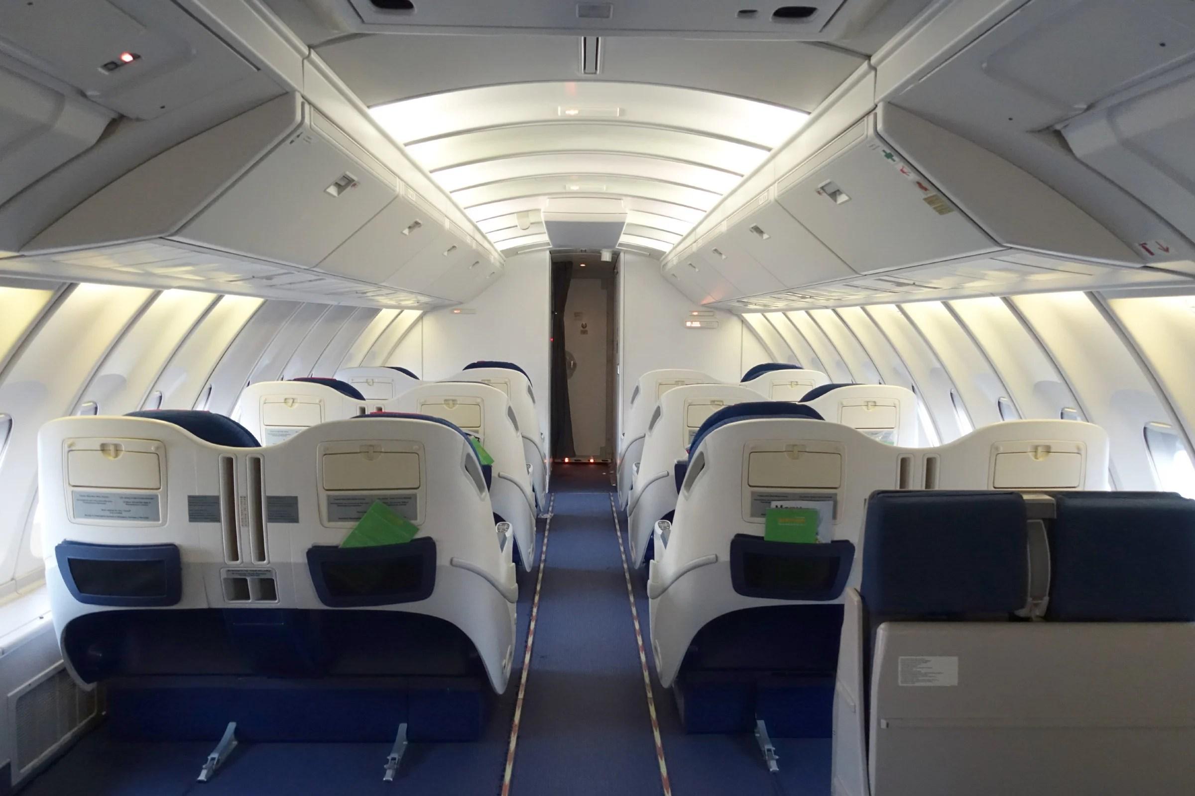 Review: Wamos Air 747 Business Class (Norwegian Premium)