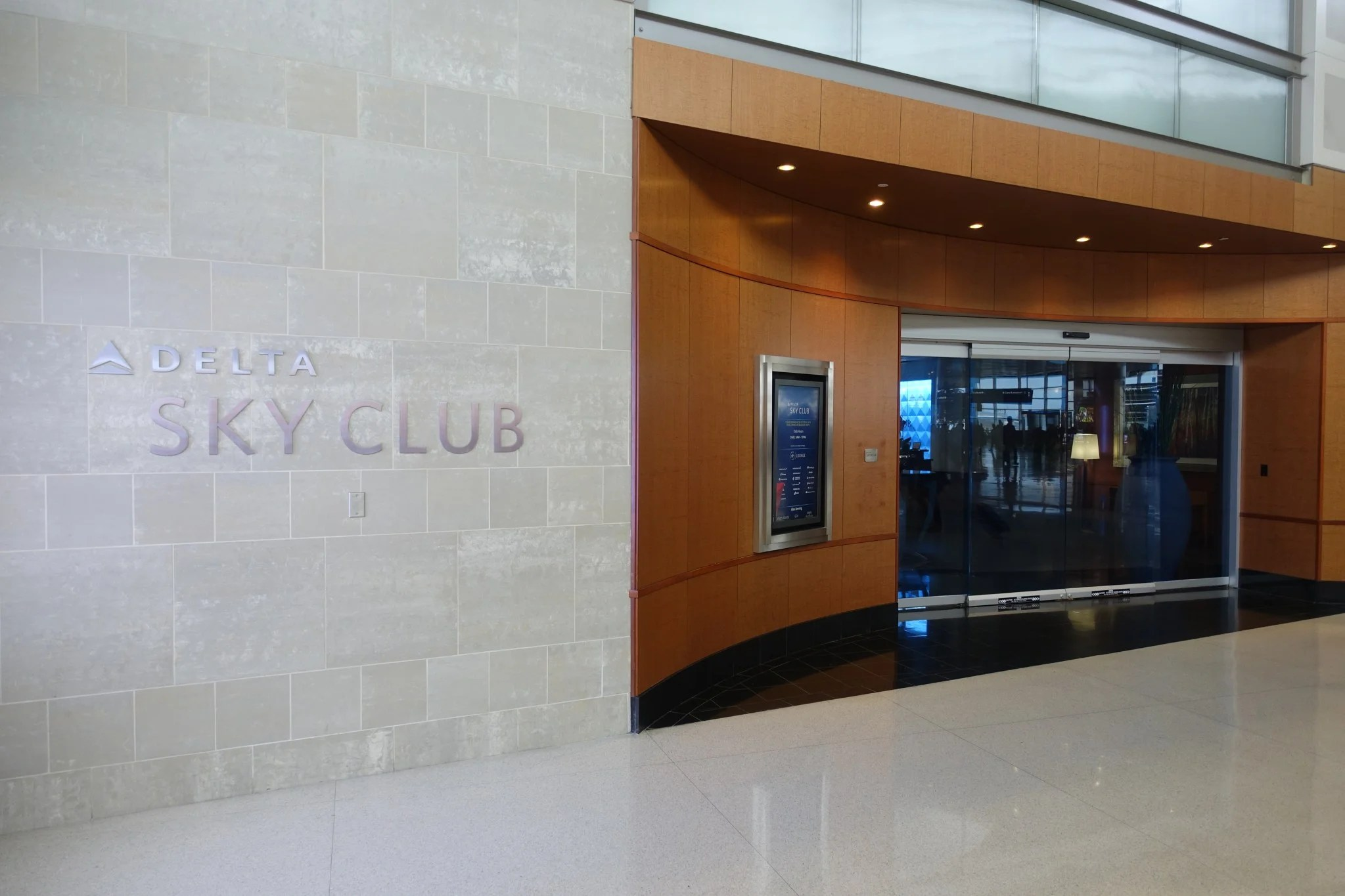 The Best Delta Sky Club Lounges and How to Get Into Them
