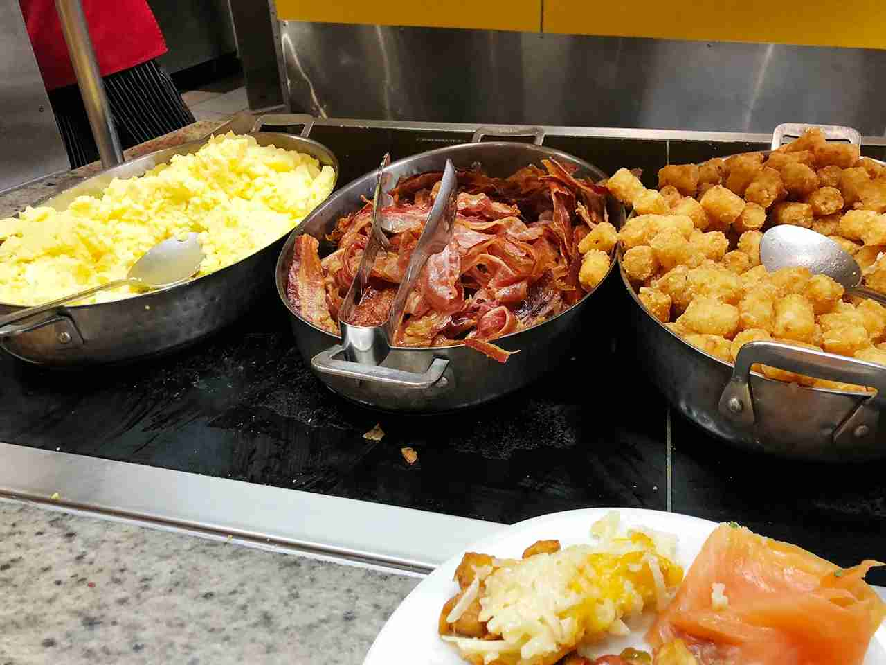 Breakfast buffet at Chef Mickeys