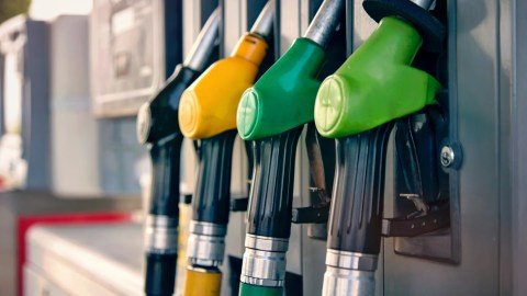 window nation prices measuring us gas prices drop below 2 per gallon at nearly in stations 2gallon