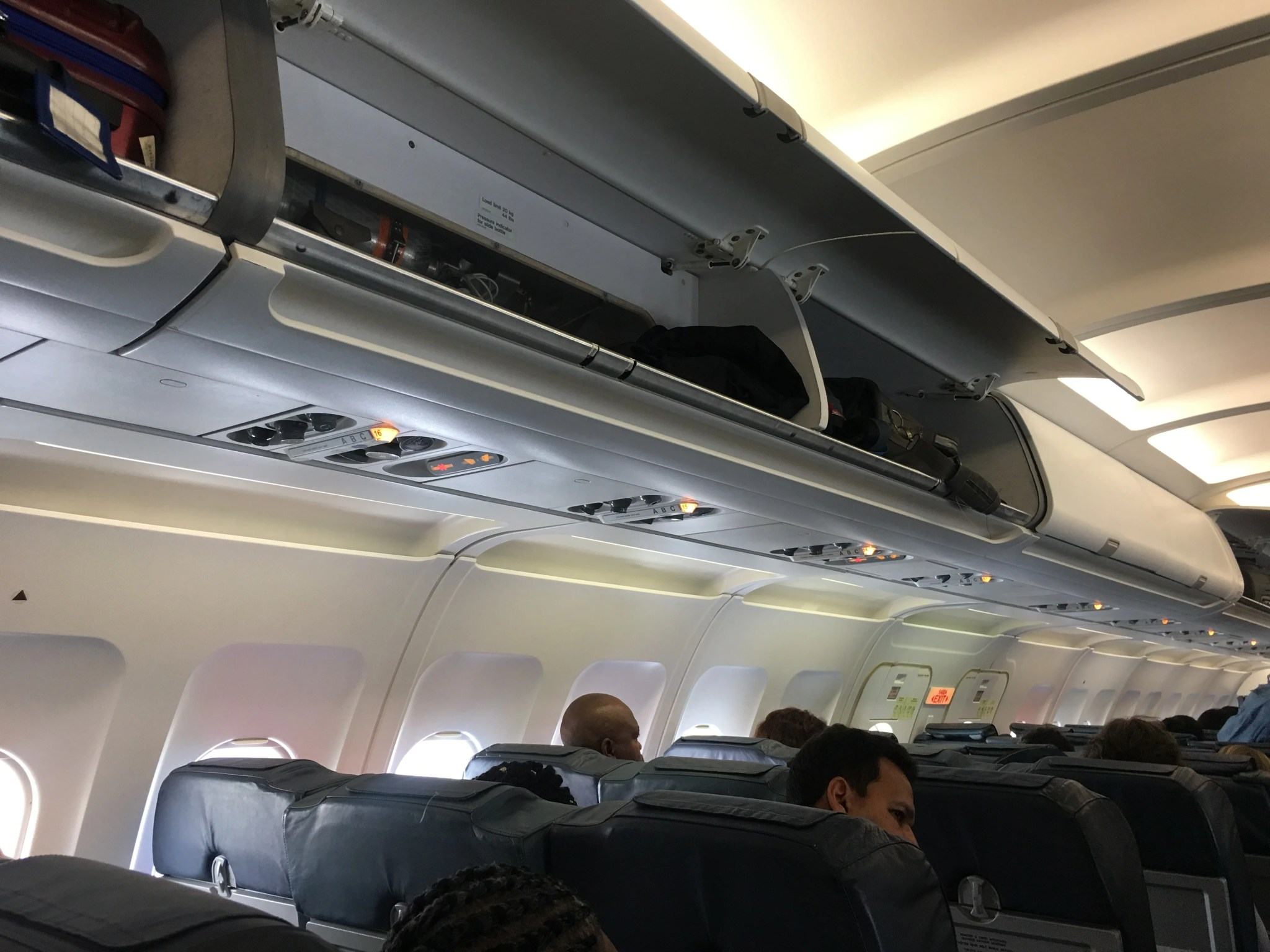 Review: TAP Air Portugal (A320) Economy From Lisbon to Accra