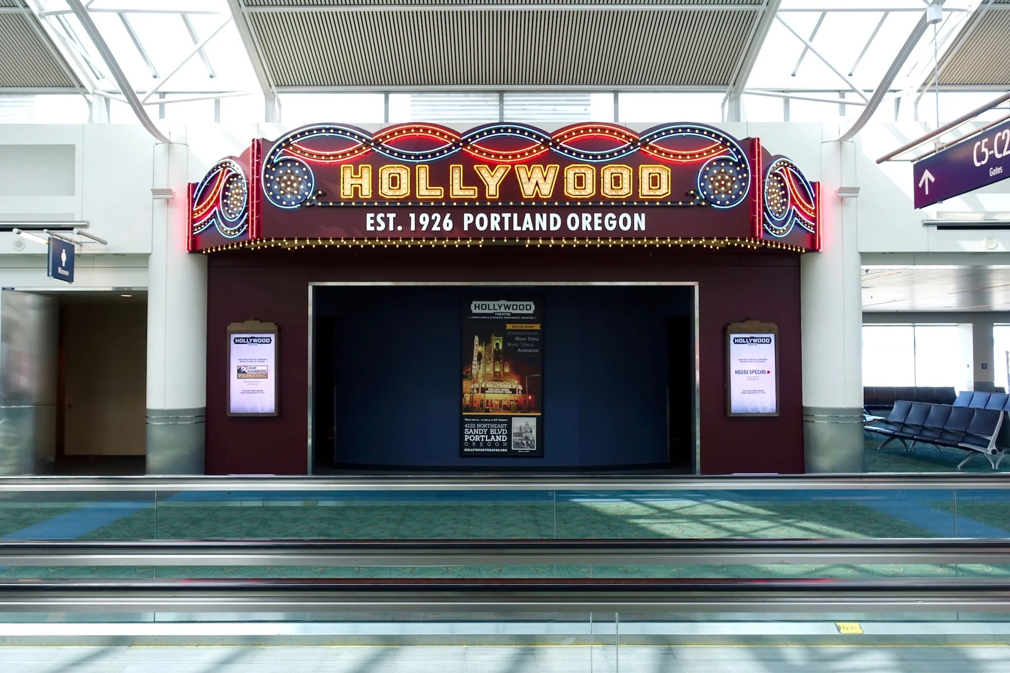 A Look Inside The Hollywood Theatre At Pdx