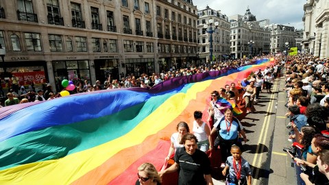 2e4f6bd09 14 Amazing Pride Parades Around the World