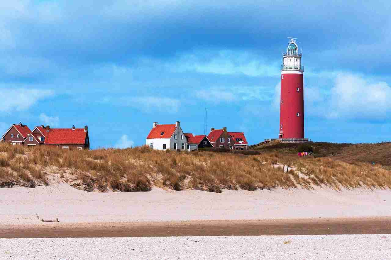 Eierland Lighthouse on the dutch island of Texel. (Photo by fotografie.opzolder.com / Getty Images)