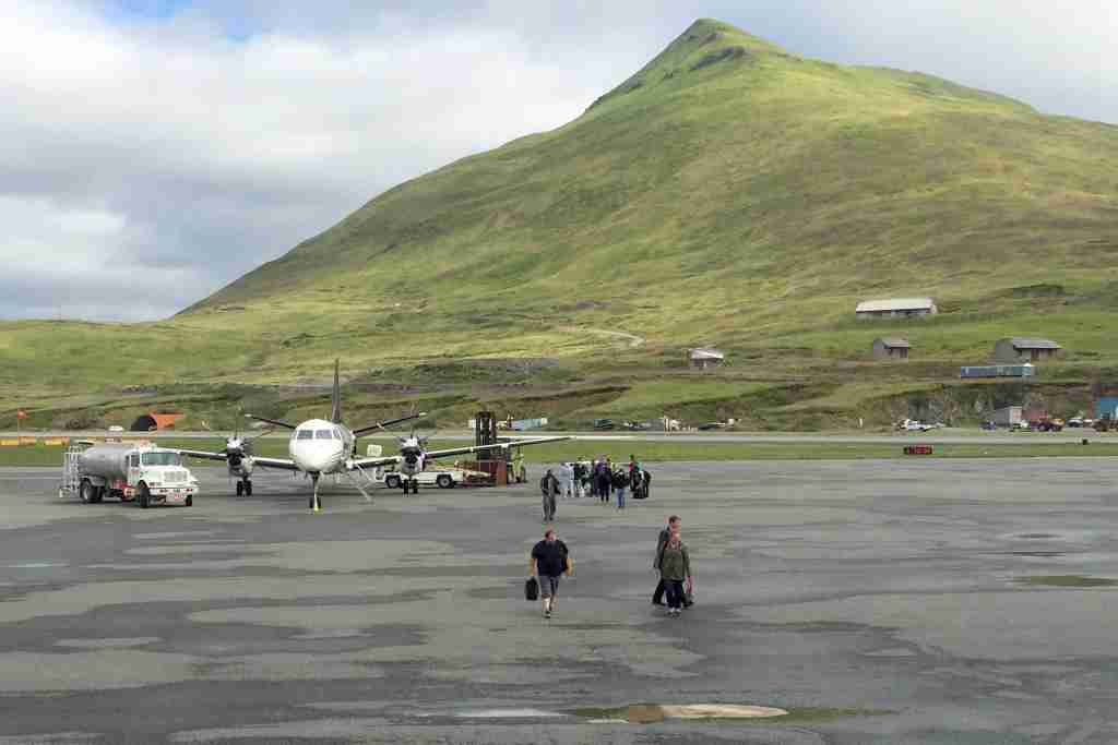 PenAir 3297 from Dutch Harbor, Alaska to Anchorage. Passengers board without passing through TSA security. Photo by Zach Honig.