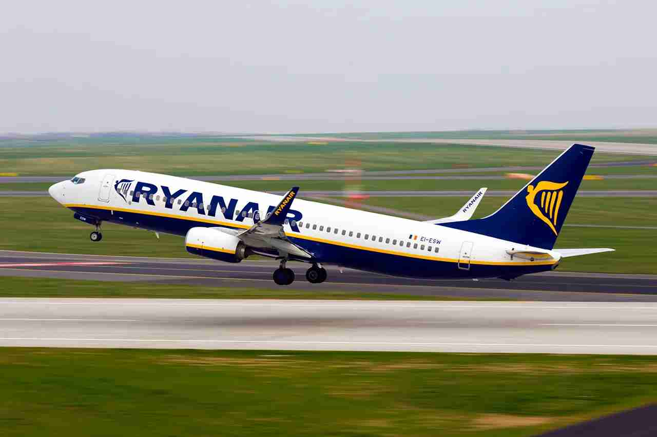 Flying European low-cost carriers to avoid LHR can save you money, especially if you