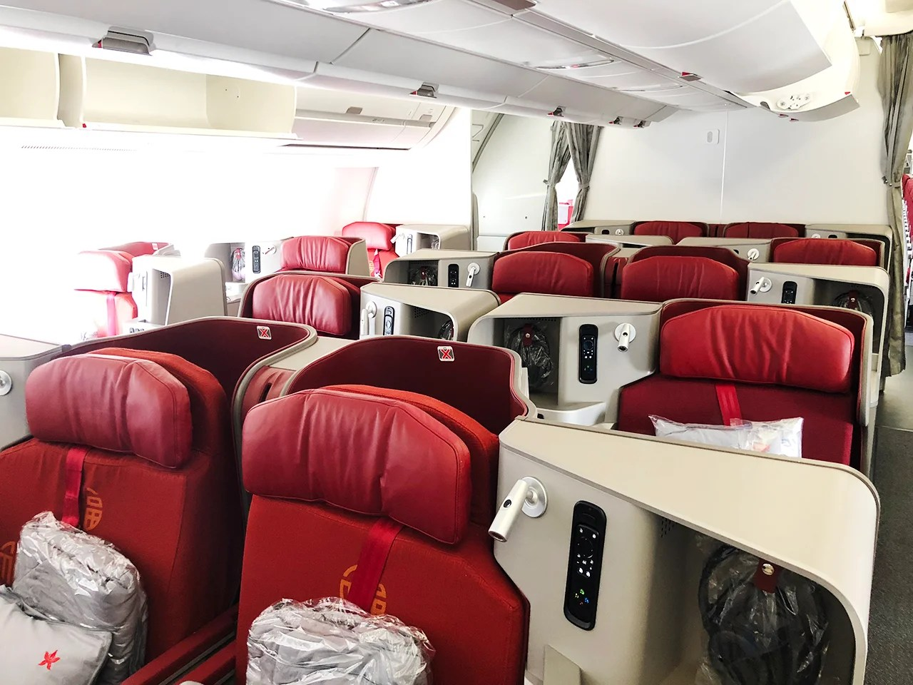 15 Hours in Lie-Flat Biz for Under $600: Flying Hong Kong Airlines' A350 From LAX to HKG