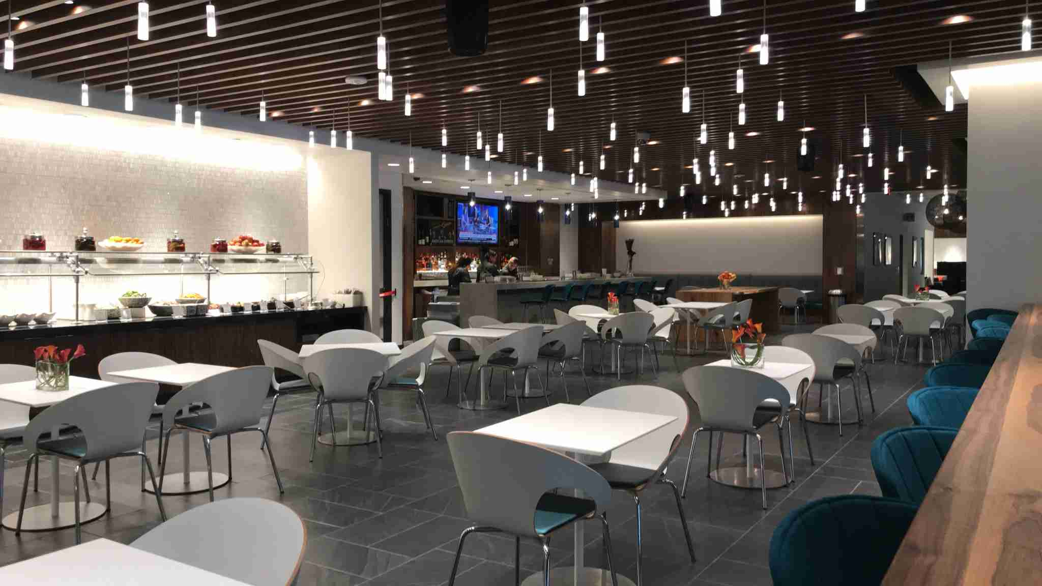 The dining area in the Dallas Centurion Lounge. (Photo by Katherine Fan/The Points Guy)