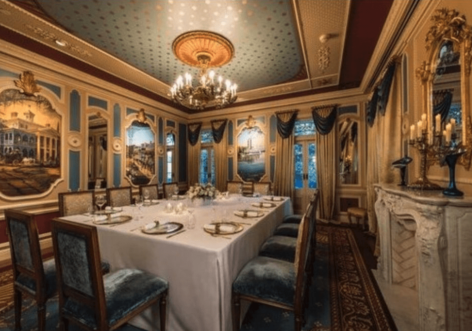 The dining room at 21 Royal Disneyland. (Photo by