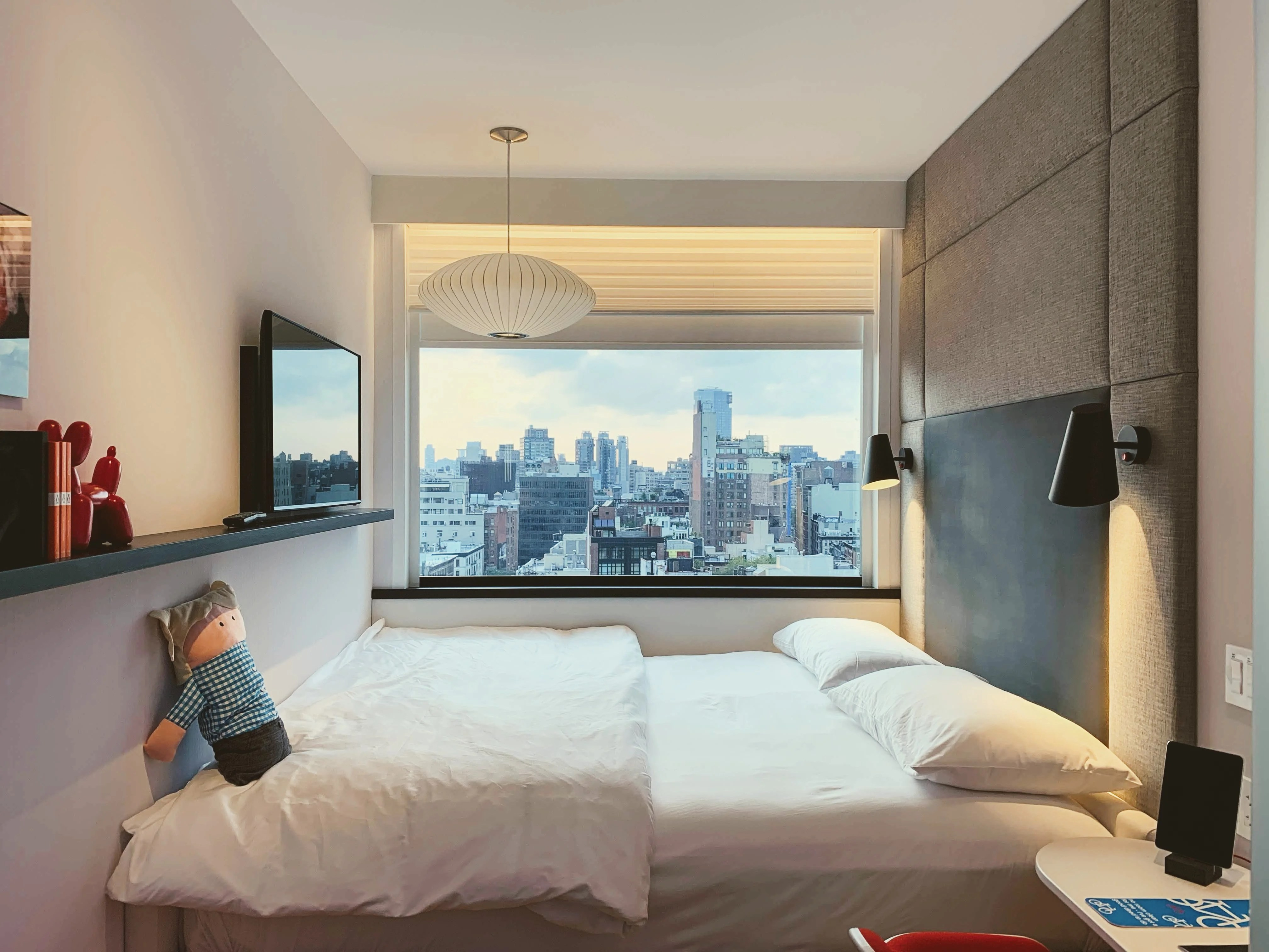 Rooms: Hotels.com Incentivizing Guests To Leave Reviews