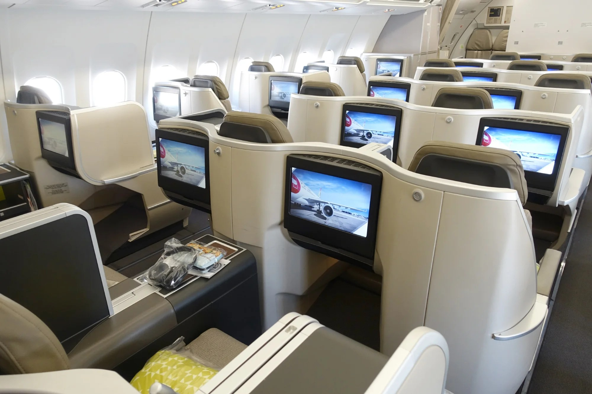 Review Tap Air Portugal A330 In Business From Ewr To Lis