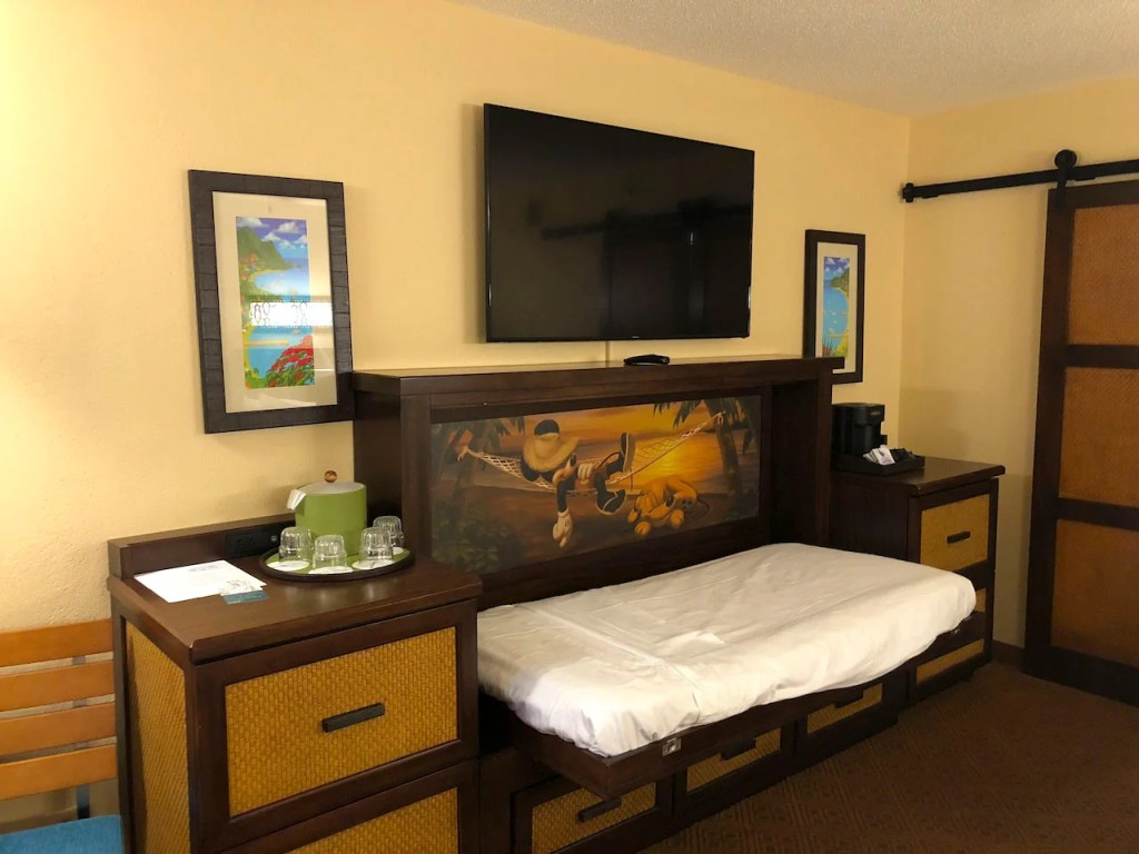 Hotel Review: Disney's Caribbean Beach Review