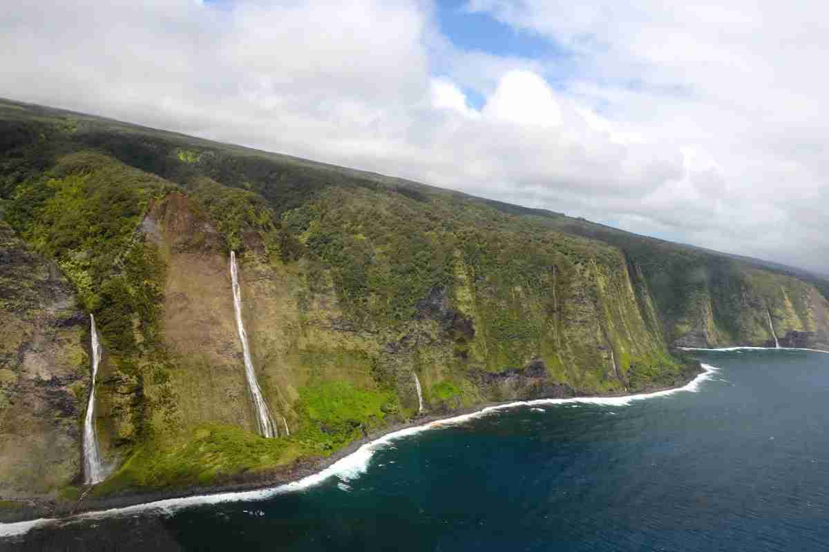 Hawaii Big Island with Kids - Waterfalls from Helicopter