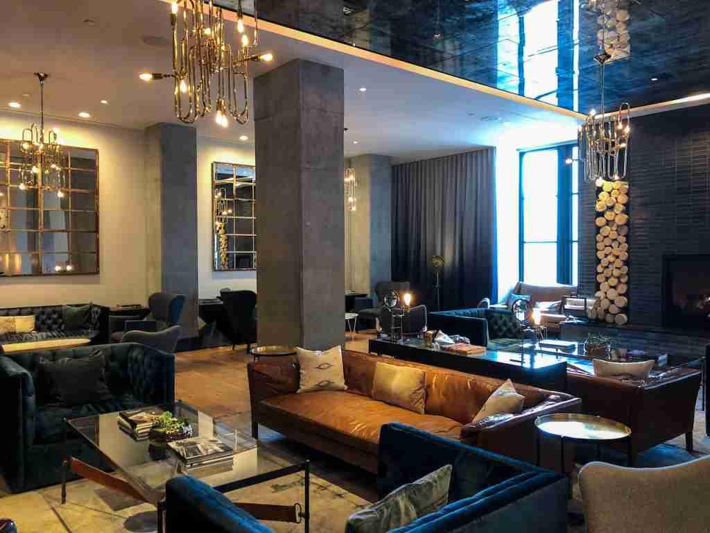 Kimpton Van Zandt lobby