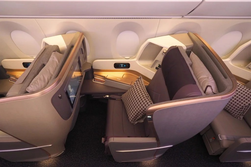 18 Hours in Nonstop Style: Singapore Business Class on the World's Longest Flight
