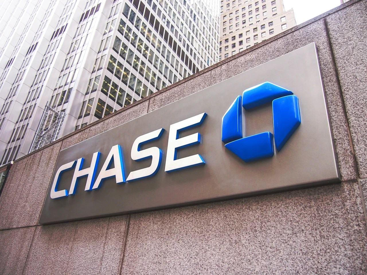 Chase Eliminates Debt on All of Its Canadian Credit Cards