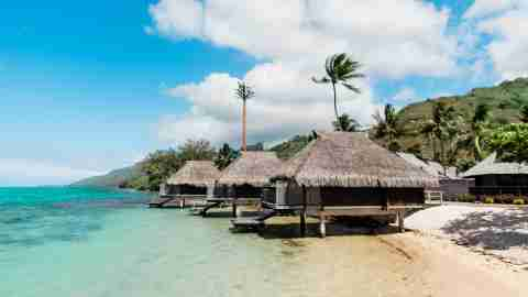 Hilton Moorea Lagoon Resort and Spa - lagoon bungalow