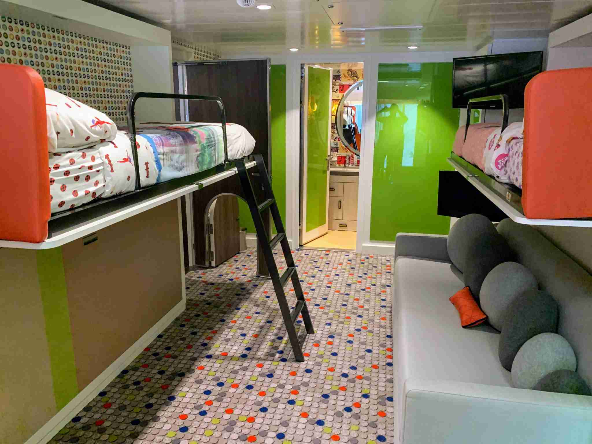 Royal Caribbean Symphony of the Seas - Kids Bedroom
