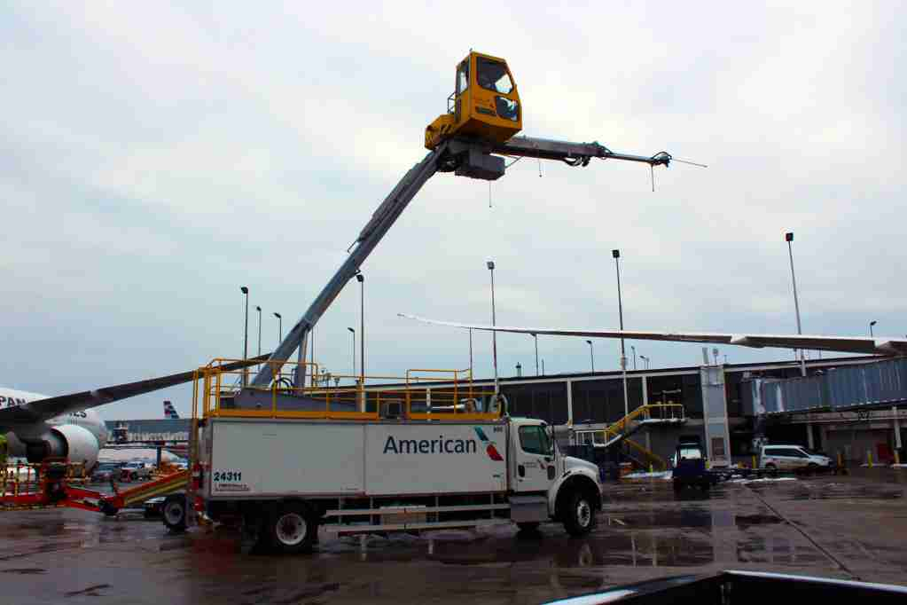 One of 42 deicing trucks owned and operated by American Airlines at ORD. (Image by author).