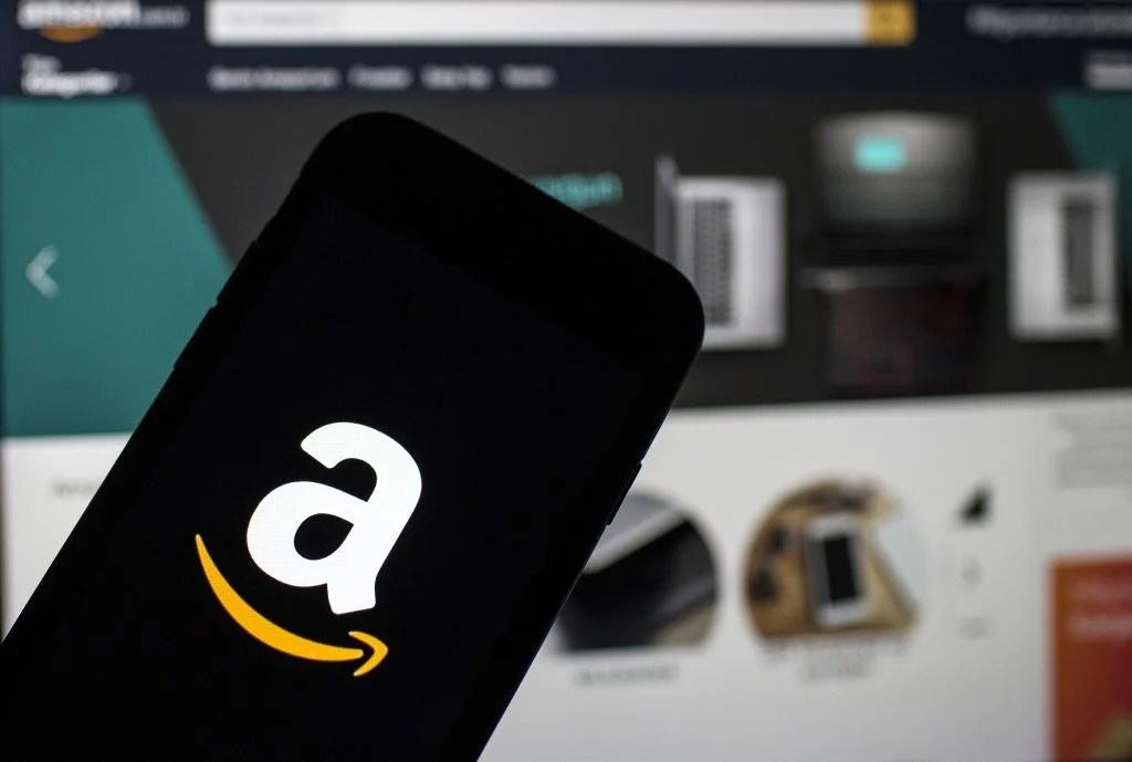How to Navigate Amazon's '12 Days of Deals' for the Best Travel Items