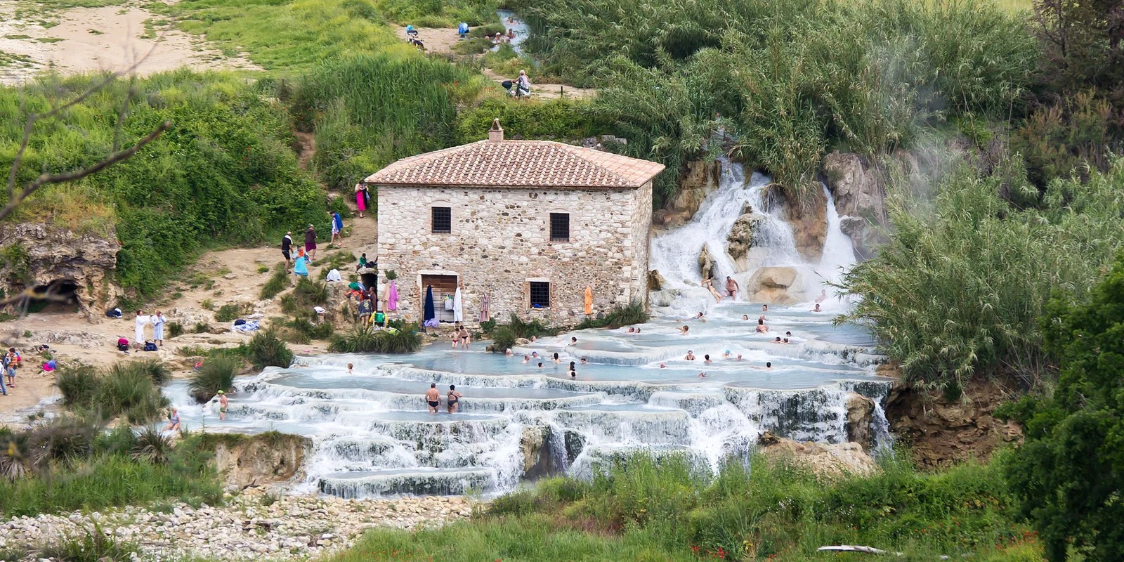 The falls at Terme di Saturnia. (Photo via Wikimedia Commons)