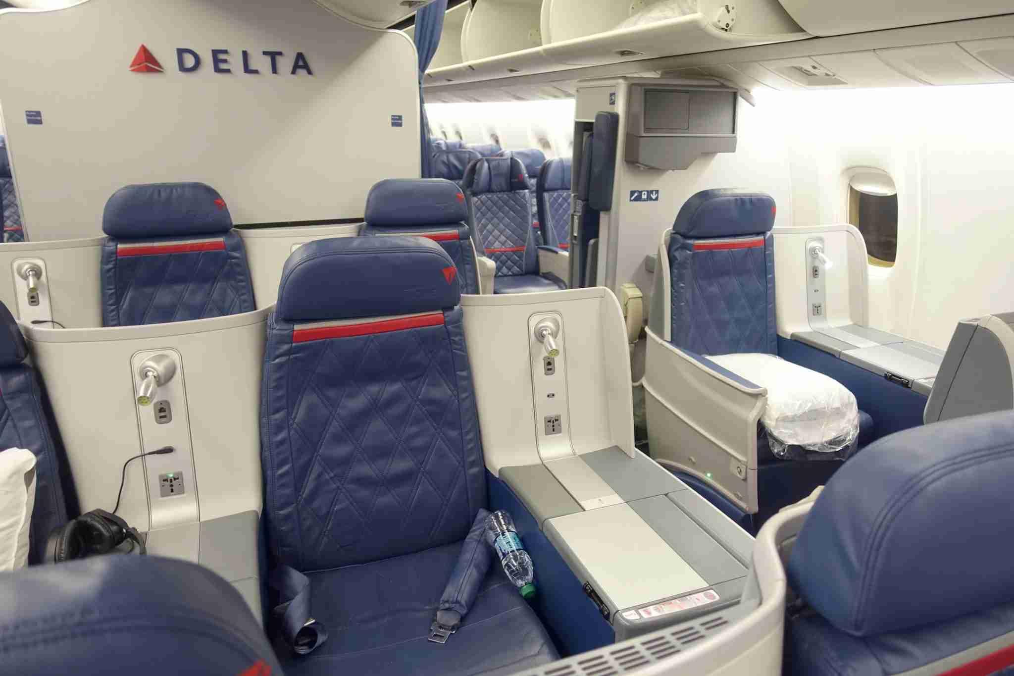 delta boeing 767-300er delta one