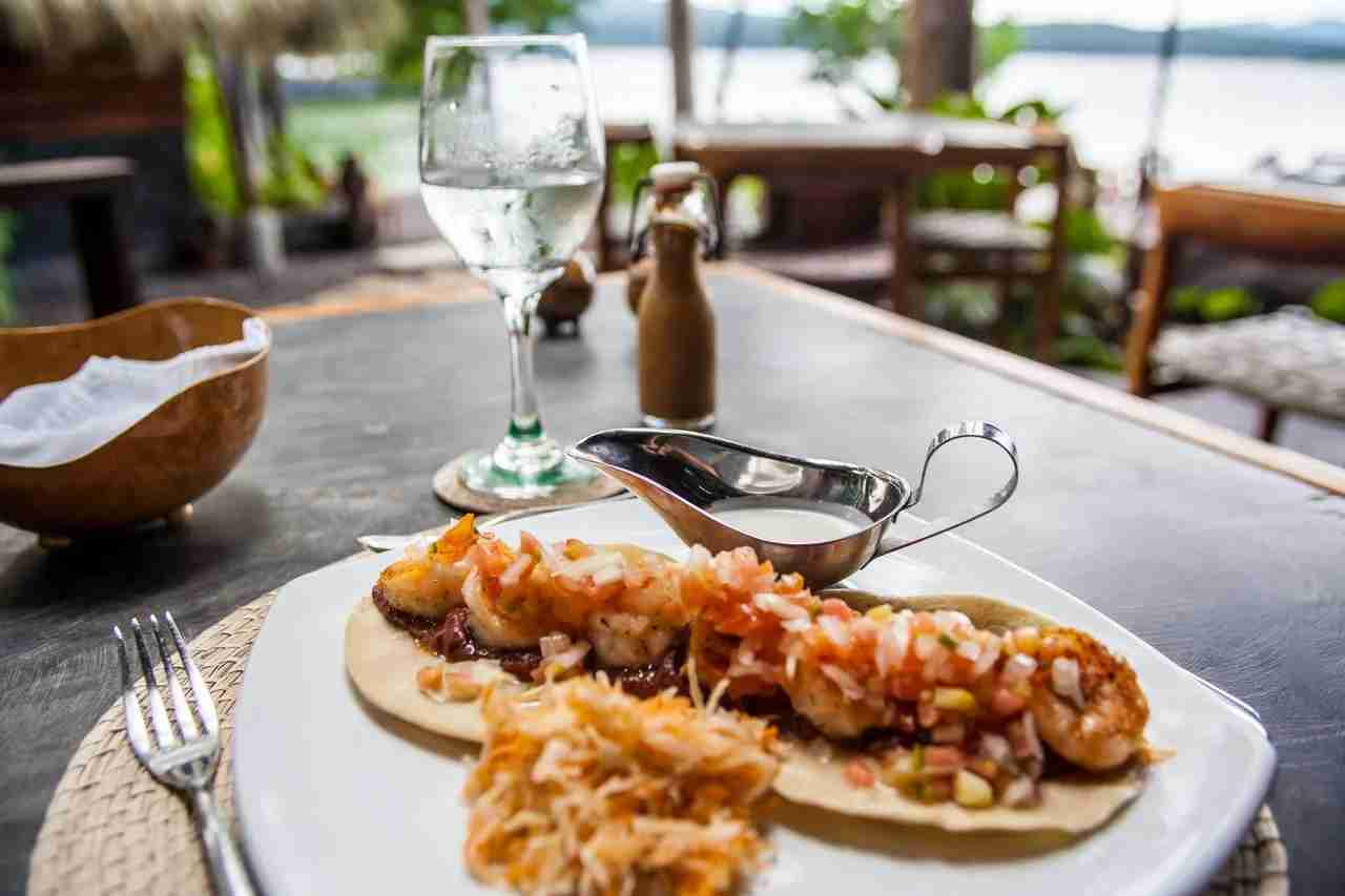 The food at Jicaro is comprised of sustainably sourced ingredients. (Photo courtesy of Jicaro Island Lodge)