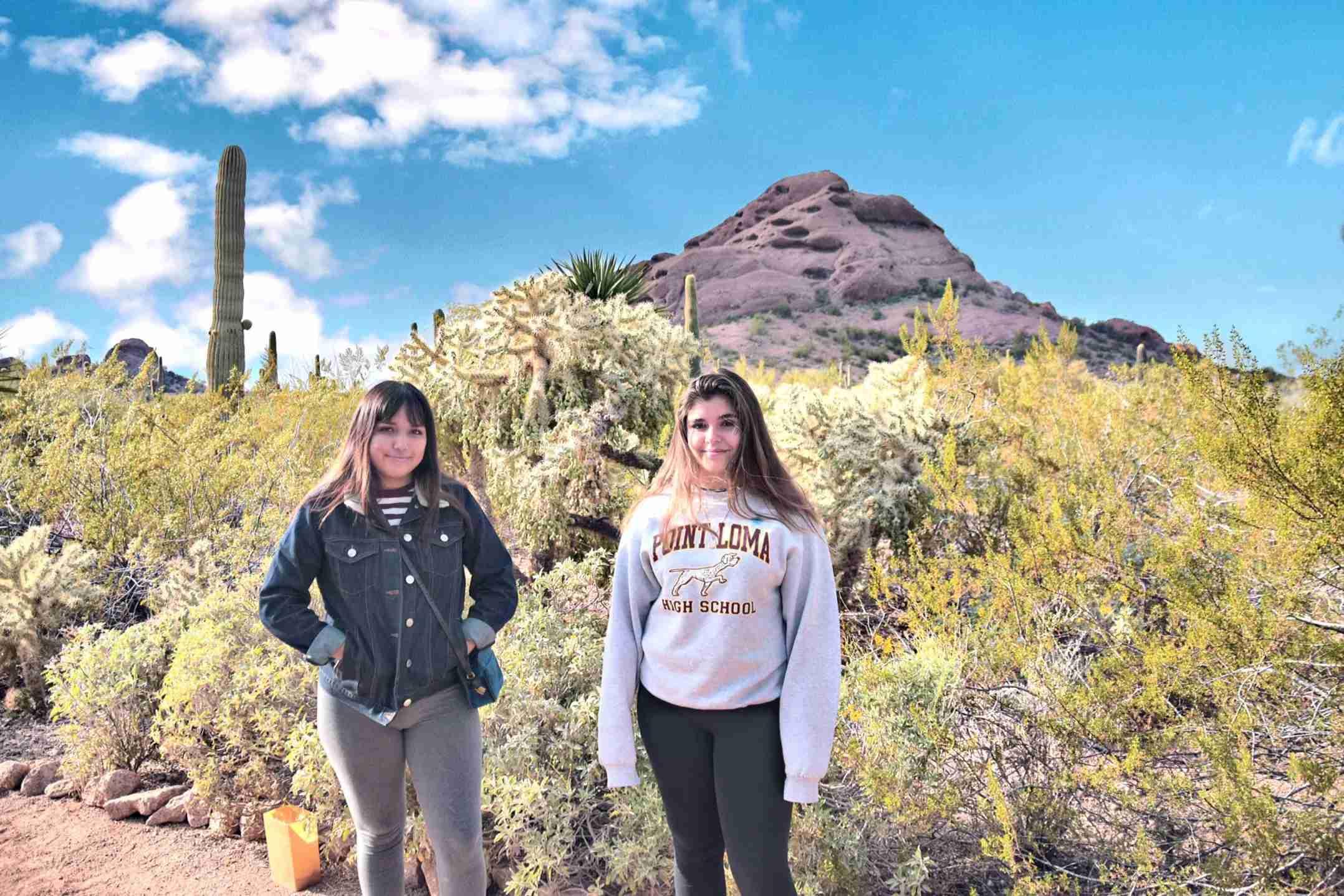 girls at Desert Botanical Garden Phoenix