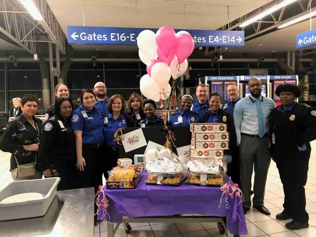 TSA Agents Were Treated to Breakfast by Southwest Airlines at St. Louis Airport (STL) (Image via @FlySTL on Twitter)
