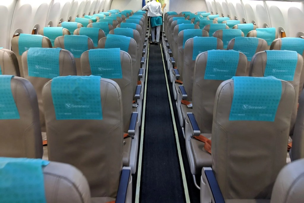 Pakistani Low-Cost Airline: Serene Air (737-800) in Economy