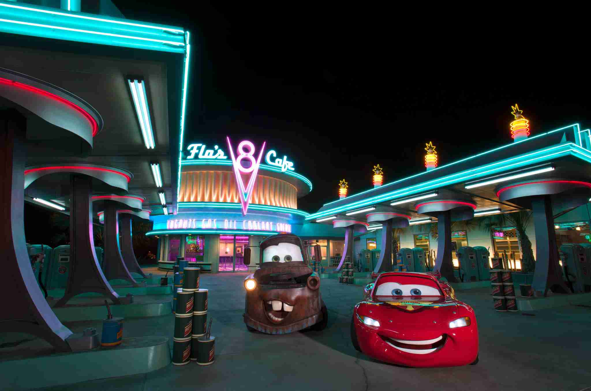 Best Disneyland Restaurants for Families - Flos V8 in Cars Land
