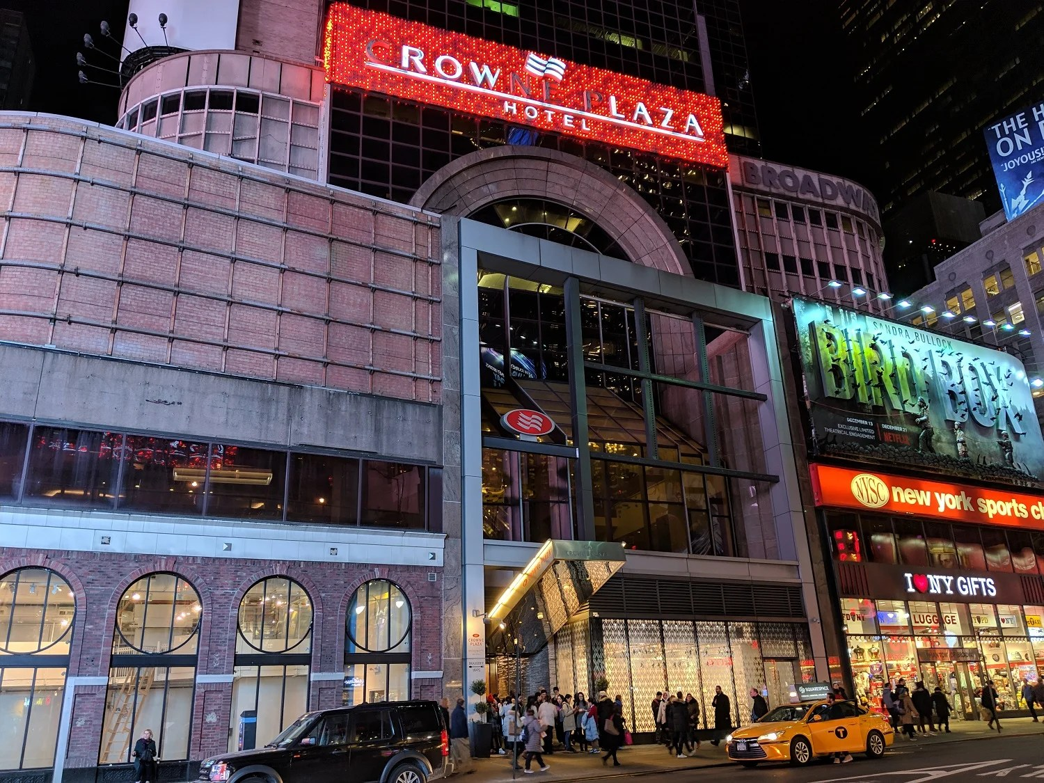 Peachy A Review Of The Crowne Plaza Times Square In New York City Home Interior And Landscaping Oversignezvosmurscom